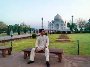 Spot Foto Taj Mahal