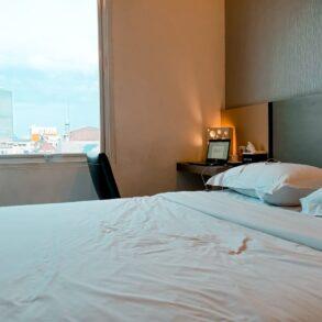 Review Oak Tree Hotel Jakarta